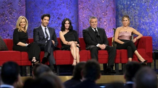 El elenco de Friends, con excepción de Matthew Perry, llegaron a la grabación del especial. (Foto Prensa Libre: NBC)