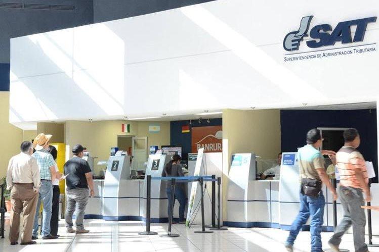 La SAT reporta una menor recaudación fiscal. (Foto Prensa Libre: Hemeroteca PL)