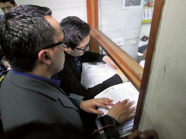 Esta semana, el expediente de solicitud de antejuicio contra el alcalde capitalino, Álvaro Arzú, podría ser asignado a una sala de Apelaciones para iniciar con las pesquisas. (Foto Prensa Libre: Hemeroteca)