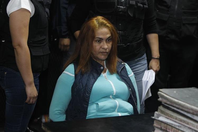 Marixa Lemus en Tribunales el día de su recaptura. Foto Prensa Libre: Paulo Raquec.