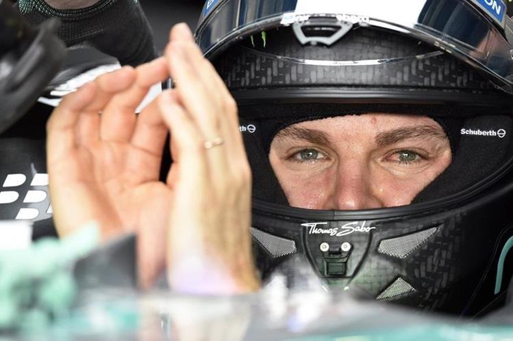 Nico Rosberg quiere festejar nuevamente en la F1. (Foto Prensa Libre: EFE)