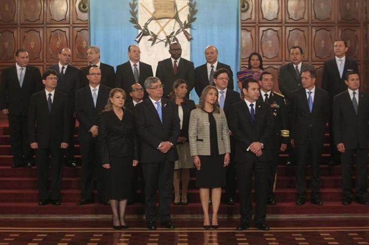 Jimmy morales presenta su gabinete de gobierno for Ministros del gobierno