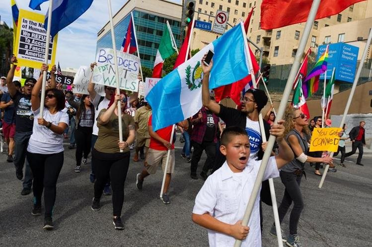 El último censo realizado en 2015 confirmó que 3.4 millones de centroamericanos viven en EE. UU. (Foto Prensa Libre: Hemeroteca PL)