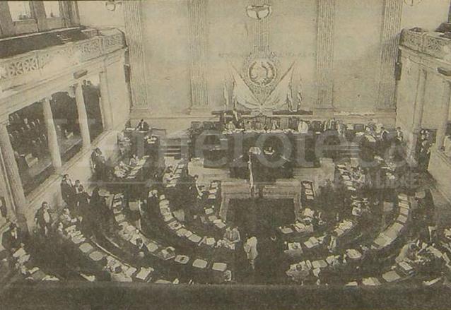 Pleno del Congreso en 1993. (Foto: Hemeroteca PL)