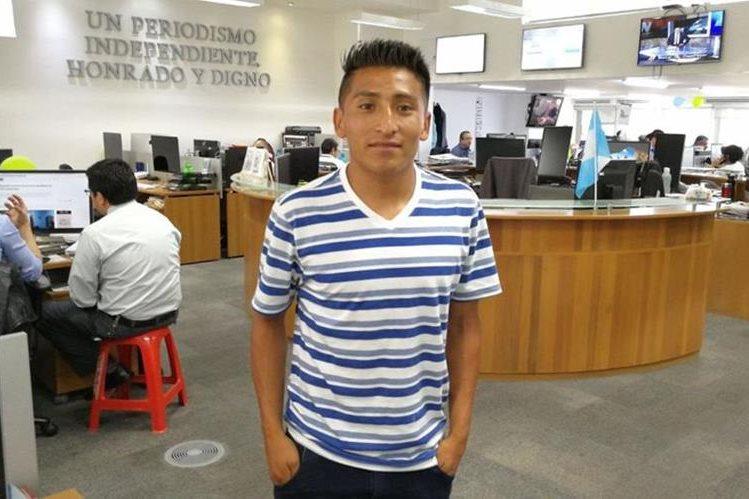 Erwin Muñoz del Deportivo Petapa es el invitado en La Entrevista de Tododeportes para hablar del histórico momento del Deportivo Petapa.(Foto Prensa Libre: Norvin Mendoza)