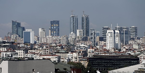Vista general del distrito financiero en Estambul,Turquía. (Foto Prensa Libre:EFE).