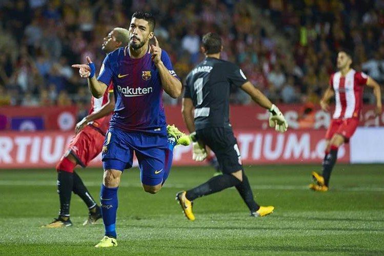 Luis Suárez pide que se disfrute del futbol y se viva en paz y sin violencia. (Foto Prensa Libre: EFE)
