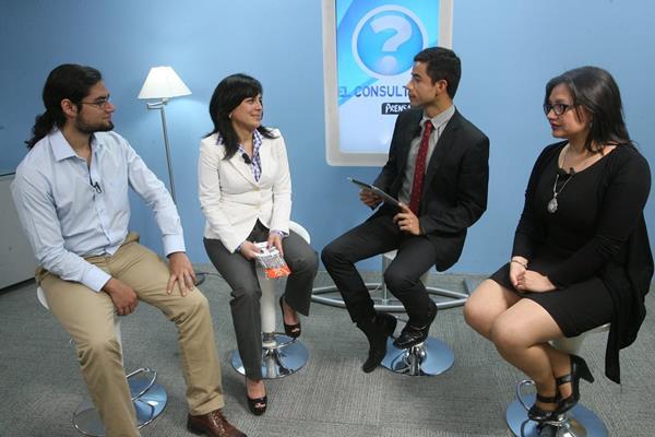 Integrantes de la Asociación Guatemalteca por el autismo, con motivo del Día mundial del autismo que se celebra el 2 de abril. (Foto Prensa Libre: Brenda Martínez)