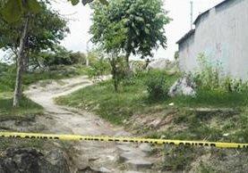 La Policía del Grupo de Reacción salvadoreño se enfrentó a supuestos pandilleros en Sonsonate, donde murieron dos personas. (Foto Prensa Libre: El Mundo SV)
