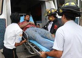 Francisco Pacheco perdió el control del vehículo pesado y no utilizo la última rampa de emergencia. (Foto Prensa Libre: Renato Melgar)