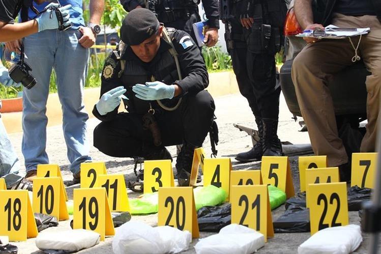 Tres grupos intentan controlar el tráfico de drogas en el país, según el Mingob. (Foto Prensa Libre: Hemeroteca PL)