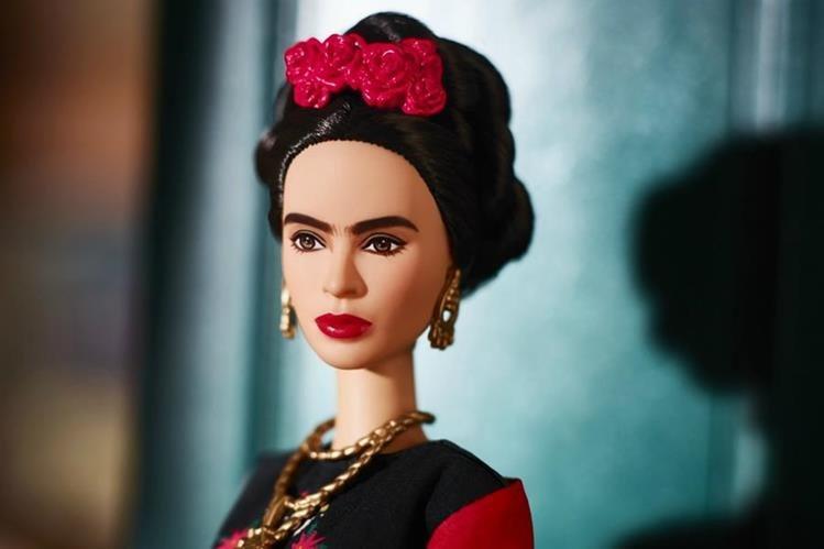La Barbie de Frida Kahlo es un homenaje al legado artístico y político que dejó la mexicana. (Foto Prensa Libre: El Espectador).