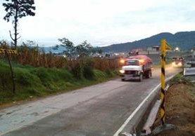 Un camión se dirige hacia el vertedero municipal de Xela, ubicado en el Valle del Palajunoj. (Foto Prensa Libre: elQuetzalteco)