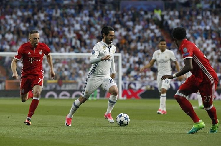 Bayern Múnich informa que Manuel Neuer sufrió terrible lesión ante Real Madrid