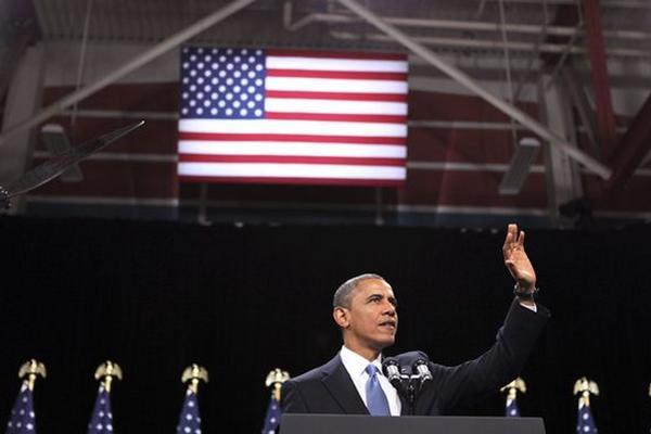<p>El presidente estadounidense, Barack Obama defendió su plan para una reforma migratoria que legalice a la población indocumentada en EE. UU. (Foto Prensa Libre: EFE)<br></p>