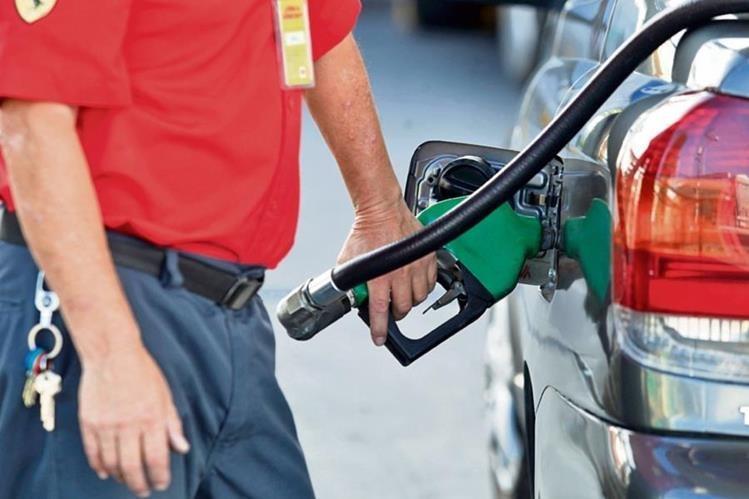 Durante enero el país gastó menos en derivados del petróleo.(Foto Prensa Libre: Hemeroteca PL)