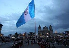 En la Plaza de la Constitución se celebrarán varios actos cívicos oficiales de independencia. (Foto Prensa Libre: Hemeroteca PL)