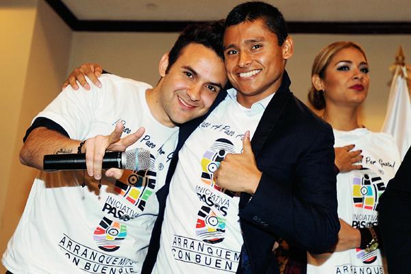 Érick Barrondo y Carlos Peña, se suman a la iniciativa Pasos. (Foto Prensa Libre: Francisco Sánchez).