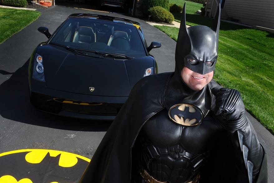 Lenny Robinson, vestido de Batman en una imagen de archivo. (Foto Prensa Libre: AP).