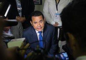 El presidente Jimmy Morales durante su discurso frente a diputados en la sesión solemne por la Independencia de Guatemala. (Foto Prensa Libre: Érick Avila)