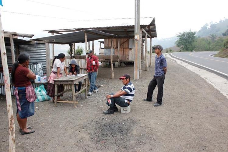La garita de cobro de acceso al Volcán de Acatenango, Chimaltenango, fue clausurada por vecinos de La Soledad, por descontento con la municipalidad. (Foto Prensa Libre: Víctor Chamalé)