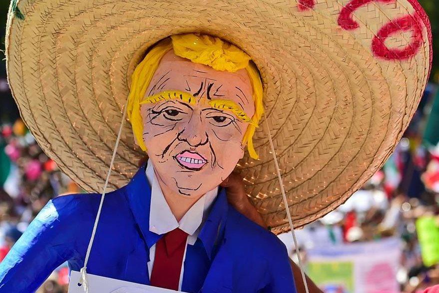 Miles manifestaron en Ciudad de México. (Foto Prensa Libre: AFP)