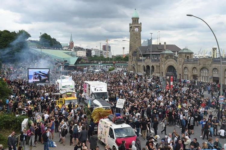 Vista del sitio donde se reúnen manifestantes de la reunión G-20, en Hamburgo, Alemania.