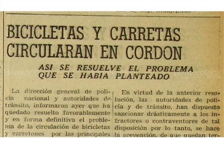 Autoridades  de transito informaron que  quedo resuelto  el problema de la circulación  de bicicletas y carretas en la zona 1, 8/5/1956. (Foto: Hemeroteca PL)