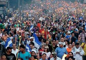 En Honduras, miles han marchado en contra de la corrupción en las instituciones del Estado, situación similar ocurre en Guatemala. (Foto Prensa Libre: Hemeroteca PL).