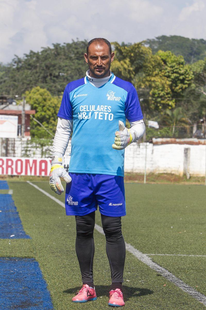 Carlos Díaz fue el caballero de la cancha del actual torneo. (Foto Prensa Libre: Norvin Mendoza)