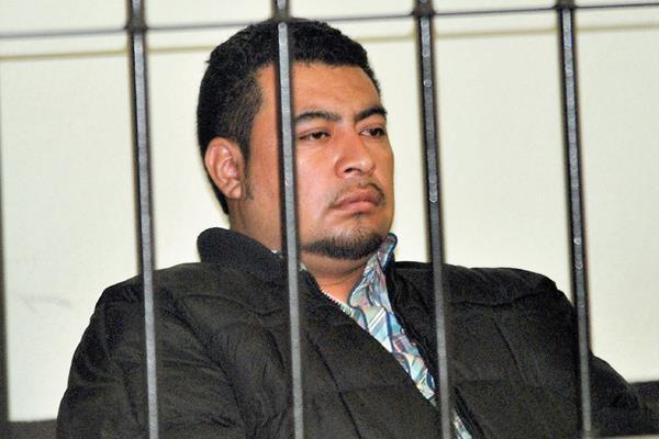Fredy Estuardo Camacho Aguilar recuperó su libertad luego de permanecer casi nueve meses en prisión, en la ciudad de Quetzaltenango. (Foto Prensa Libre: Alejandra Martínez)