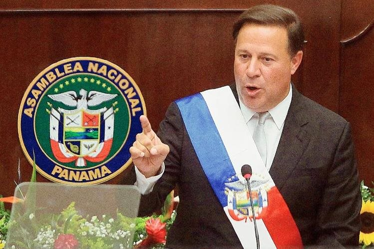 El presidente de Panamá ha sido categórico al rechazar a quienes los incluyan en la lista negra. (Foto Prensa Libre: EFE).