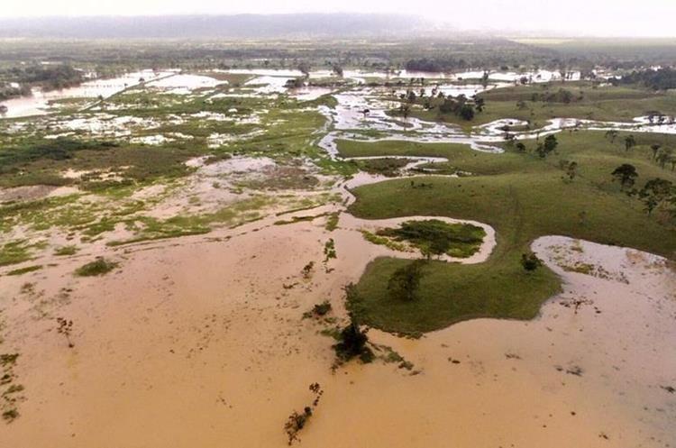 Izabal continúa siendo uno de los departamentos más golpeados por la lluvia.