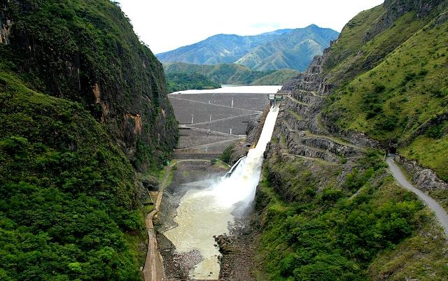 Déficit de lluvia en el 2016 impacta los embalses. (Foto Prensa Libre: Hemeroteca)