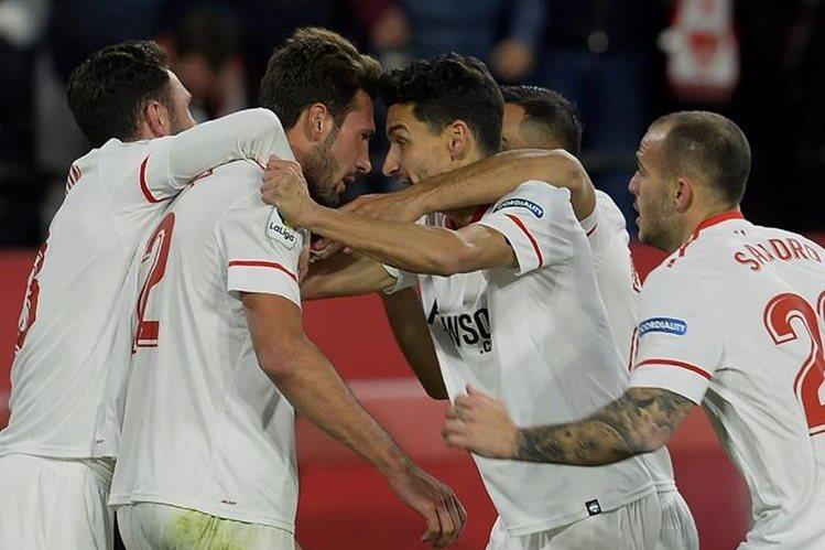 El Sevilla sueña con quedarse con el título de la Copa del Rey. (Foto Prensa Libre: AFP)