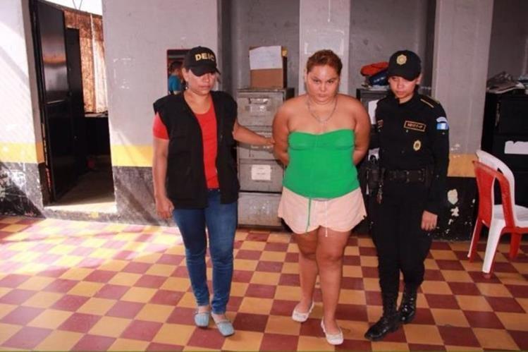 Paula Estela Toledo es sindicada de maltrato contra personas de edad. (Foto Prensa Libre: MinGob).
