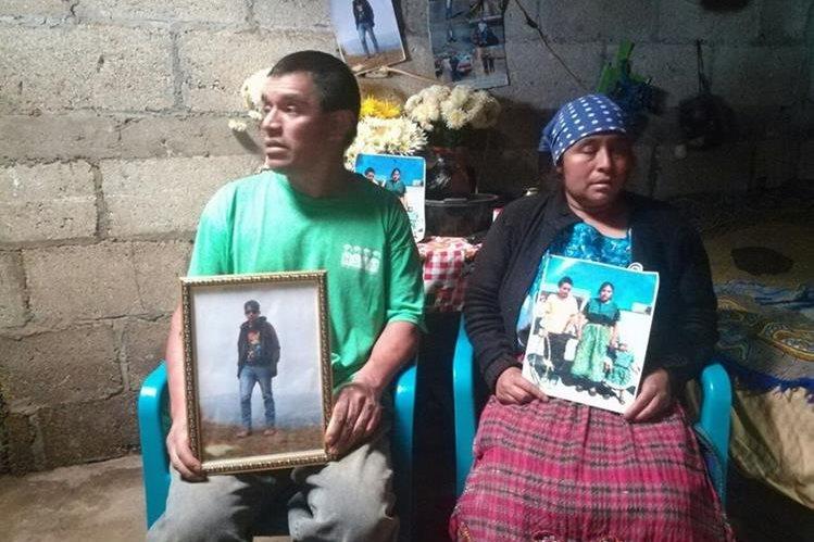 Los padres de Darwin Vásquez piden que el cuerpo de su hijo sea repatriado lo antes posible. (Foto Prensa Libre: Cortesía Moises Cottom)