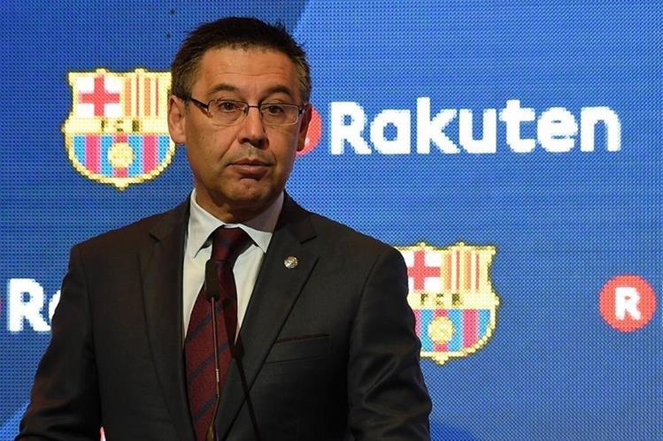 El presidende del FC Barcelona José María Bartomeu aseguró que Lionel Messi terminará su carrera en el equipo catalán. (Foto Prensa Libre: AFP)