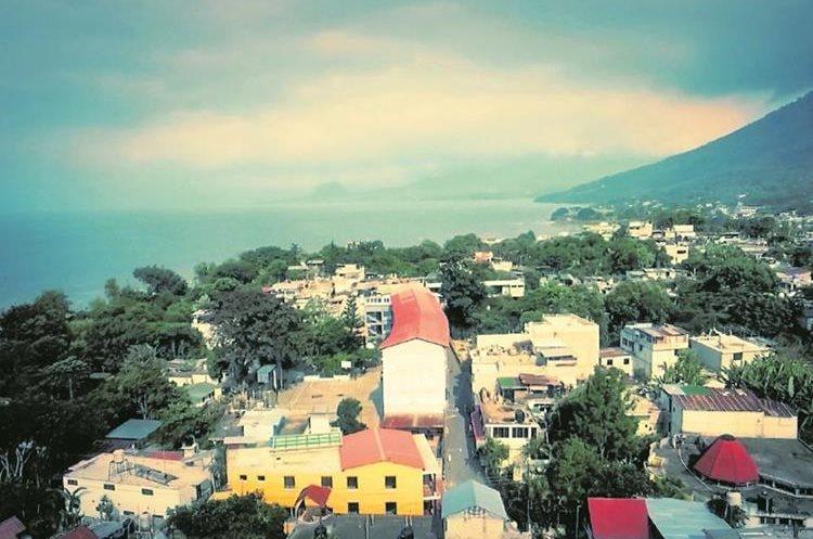 San Pedro la Laguna, jezioro Atitlán, Puerto de Iztapa i stolica pojawią się w scenach klipu.  (Photo Prensa Libre: Combi Banana)