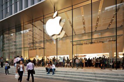 Apple es una empresa multinacional estadounidense que diseña y produce equipos electrónicos, software y servicios en línea.(Foto Prensa Libre: news.theregistrysf.com)
