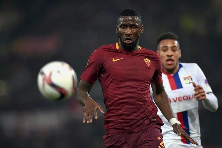 La Roma aceptó el trato con el Chelsea y Rüdiger ahora jugará en la Premier League. (Foto Prensa Libre: Hemeroteca)