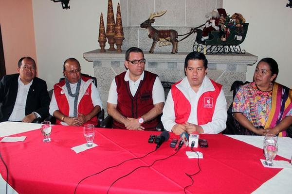 <p>Francisco Mérida, y Natán Rodas, exlegisladores del Partido Patriota, ahora se suman a la bancada Líder. (Foto Prensa Libre: Carlos Ventura)<br></p>