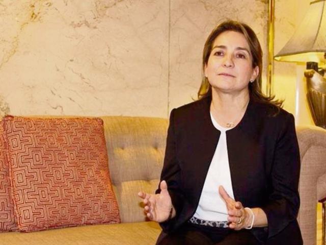 Ástrid Álvarez, presidenta del Grupo Energía de Bogotá, afirma que los compromisos se cumplirán.