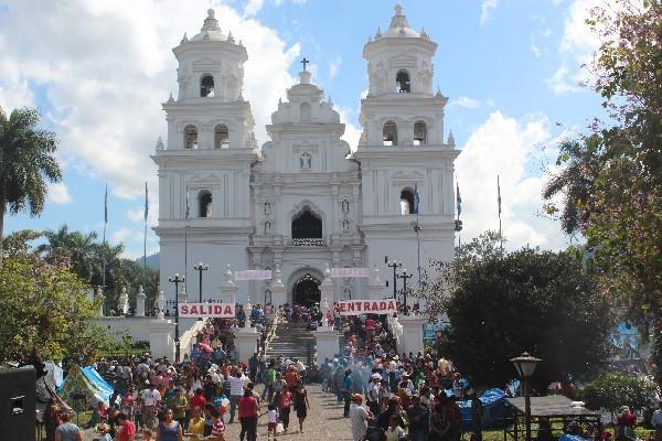 <p>Según el Inguat, los visitantes visitan Esquipulas como destino religioso. (Foto Prensa Libre: Archivo).<br></p>