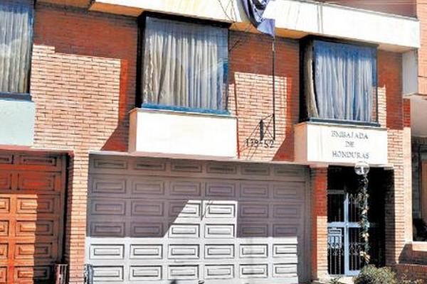 """<p>Sede de la embajada de Honduras en Bogotá, Colombia. (Foto Prensa Libre: Tomada de El Heraldo)<br _mce_bogus=""""1""""></p>"""