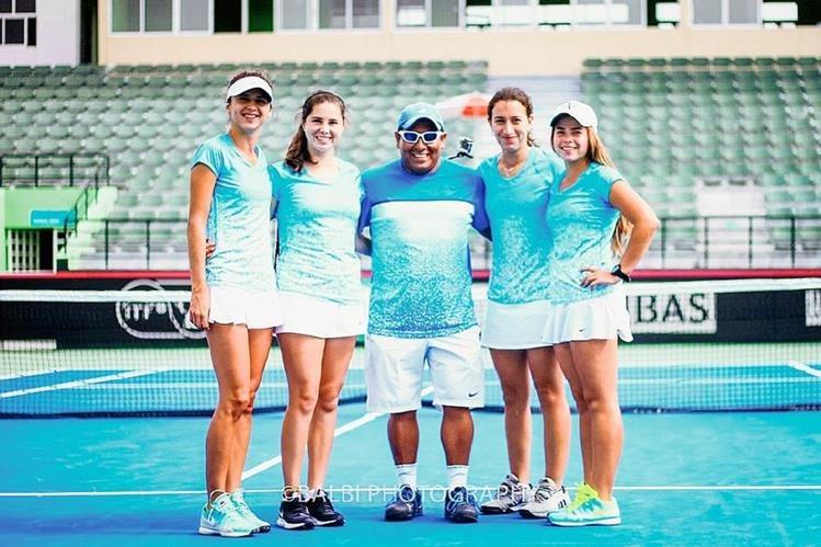 El equipo femenino de Tenis de Campo no pudo ascender al grupo 1. (Foto Prensa Libre: Cortesía COG)