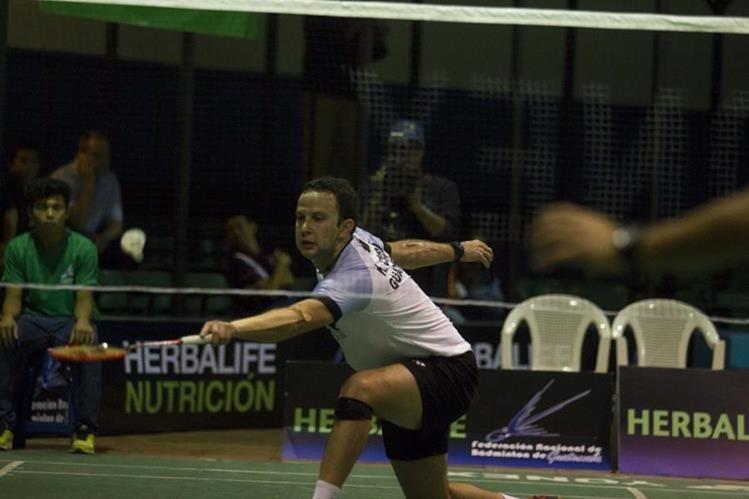 Kevin Cordón derrotó a Mario Umaña y avanzó a la semifinal del International Series. (Foto Prensa Libre: Norvin Mendoza)