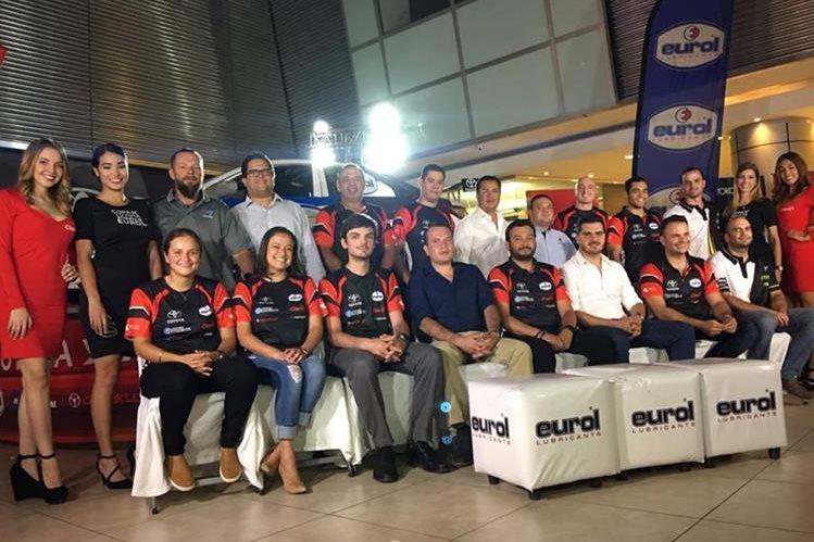 Al menos 16 equipos participarán en la Copa Yaris que se realizará en el Autódromo Pedro Cofiño. (Foto Prensa Libre).