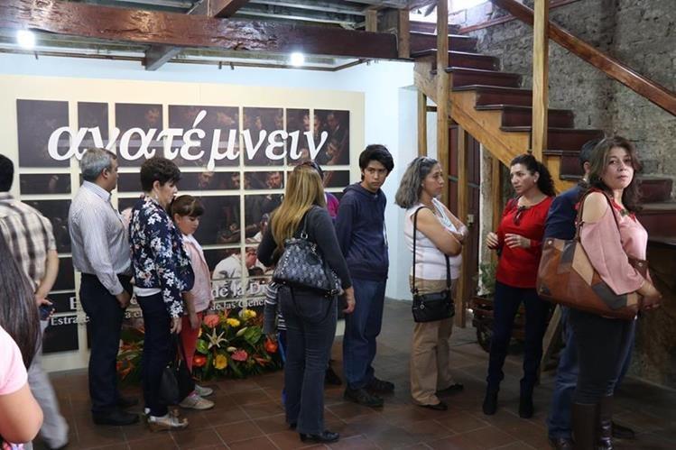 La exposición se desarrollao en el Centro Intercultural Efrain Recinos, zona 2 de Xela, y estará abierta al público hasta el 29 de junio. (Foto Prensa Libre: María José Longo)