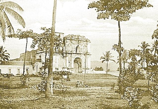 Catedral de Escuintla a principios de siglo XX. (Foto: Hemeroteca PL)
